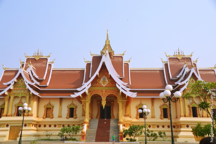 Templo no Pha That Luang